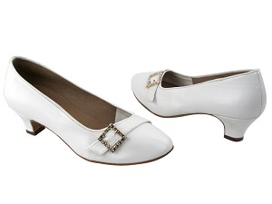 C6904 BA49 White Leather