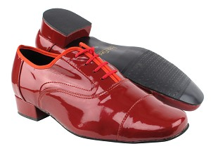 916102 131 Red Patent