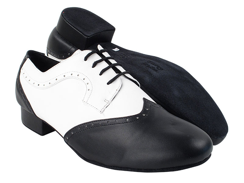 PP302 Black Leather_White Leather with 1