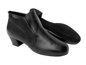 "S407 Black Leather with 1.5"" heel in the photo"
