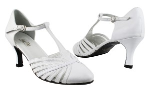"6829 White Leather with 2.75"" Heel in the photo"