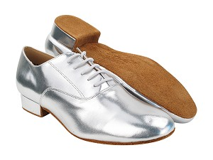 "C919101 61 Silver Leather with 1"" Standard Heel (068) in the photo"