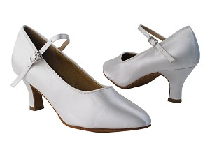 "SERA5522 White Satin with 2.5"" low heel in the photo"